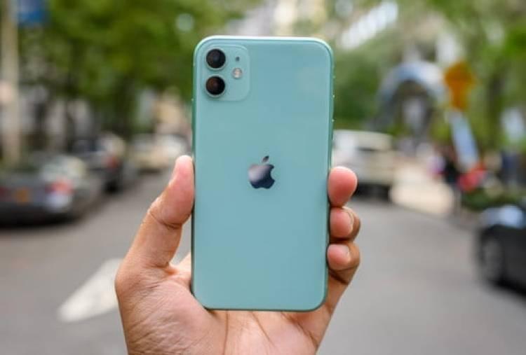 iPhone Satışları Düşmeye Devam Ediyor